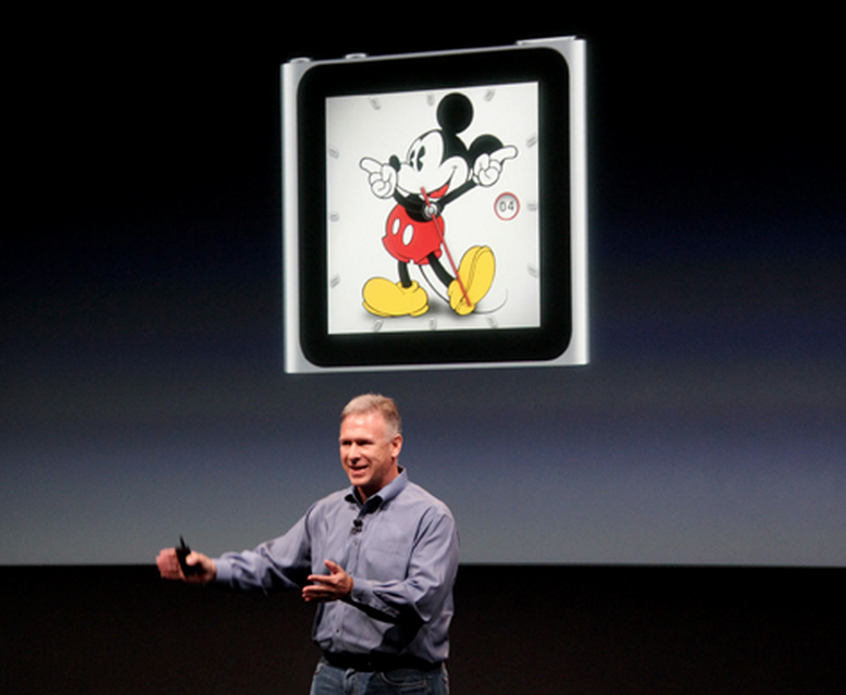 Phil Schiller announcing new clock faces for iPod nano in 2011.