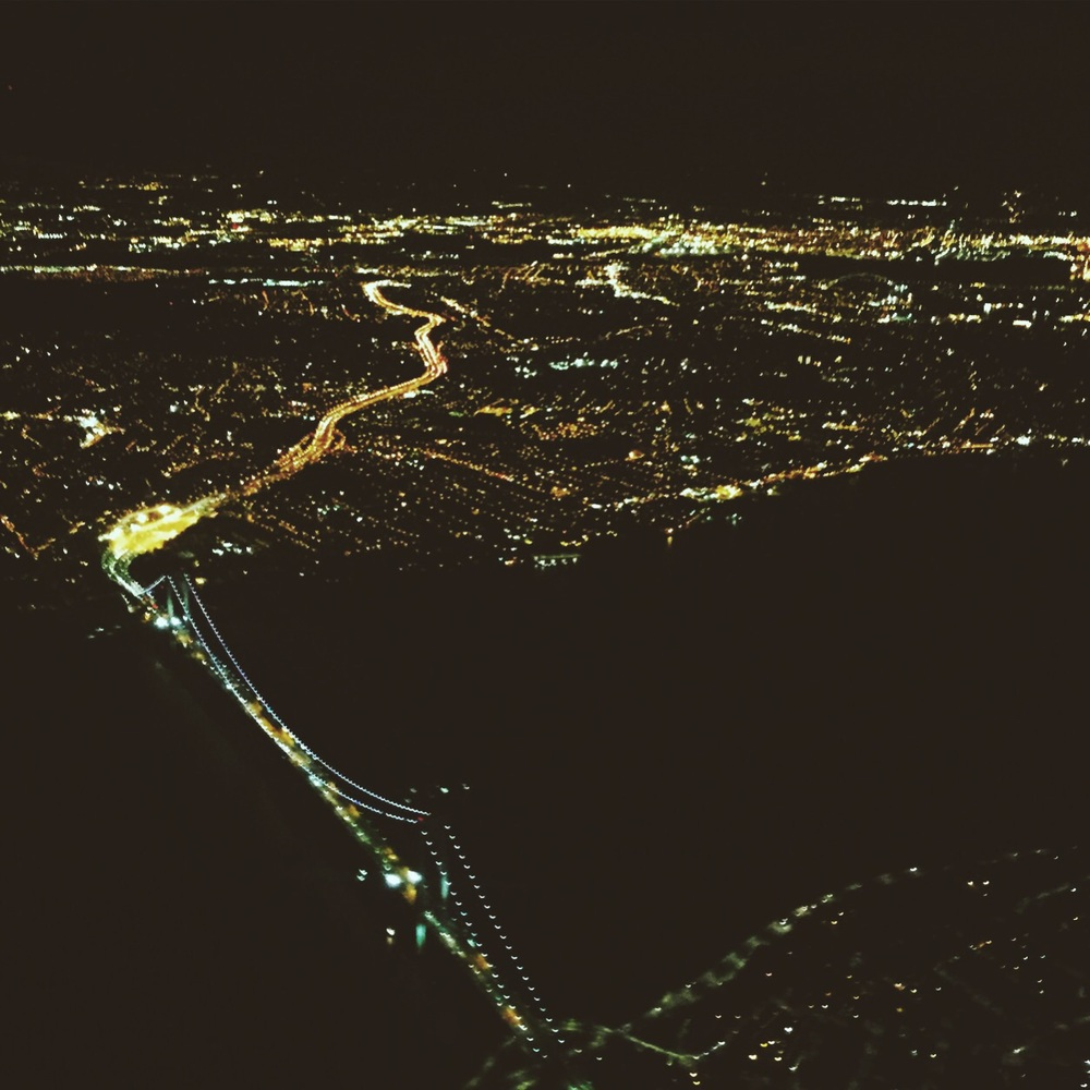 Gorgeous view...fly into to the city at night...amazing