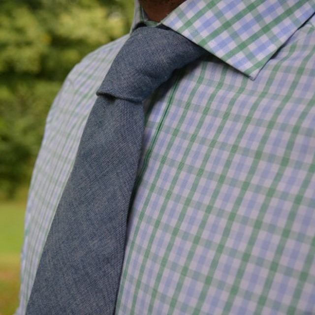 New blog post about @twillory and their spread collar shirts. Link in my profile! #menswear #mensfashion #fashion #wiwt #twillory