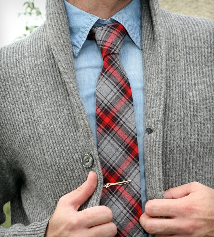 i have a tie similar to this which i miss wearing.
