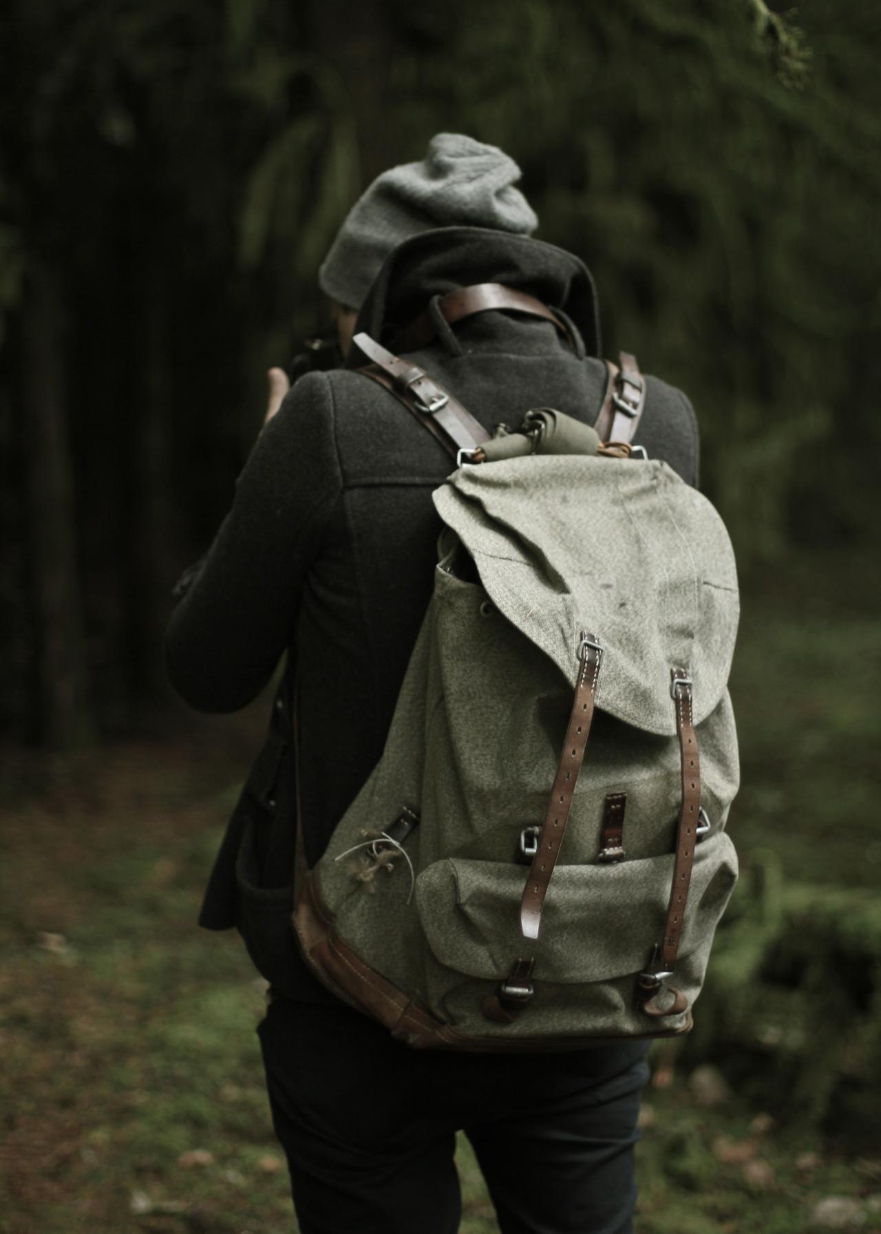 i LOVE backpacks like this.