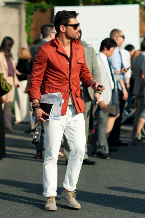 perfect amount of detail and perfect use of white jeans. i dont see anything wrong about this look.