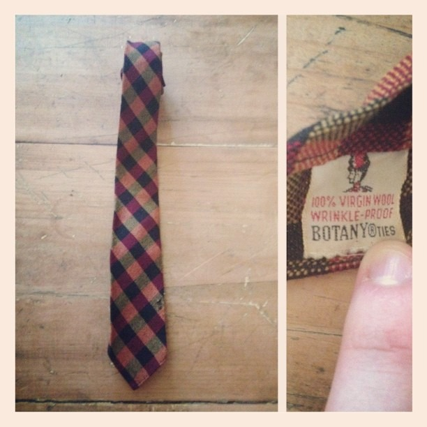 Got this really cool tie at salvation army yesterday. Can't wait to wear this soon! #vintage #menswear #tie #ties #necktie #menstyle #mensstyle #mensfashion #fashion #style #instastyle #instafashion #clothes #clothing #swag (Taken with  Instagram )