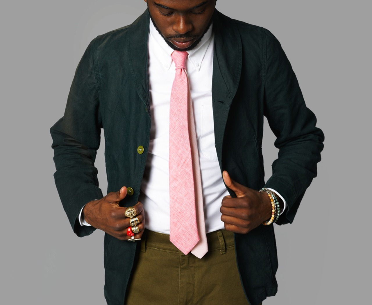 """grossnasty :     Dolbeau's latest edition: Sprezzy two-tone linen ties   Made of Italian """"Masters of Linen Certified"""" linen   Super luxury, Uber clean aesthetic & Simple to wear!   Get them while they last. Available here"""