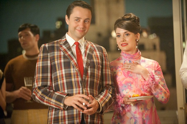 more from mad men. forever LOVE for this blazer here! so preppy and perfect!