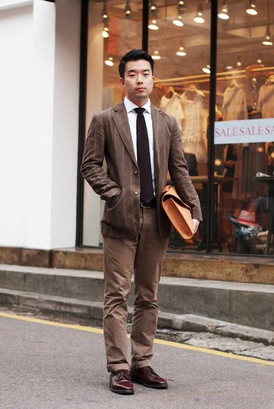 downeastandout :     This guy needs a navy blazer     i disagree! i like the brown here!