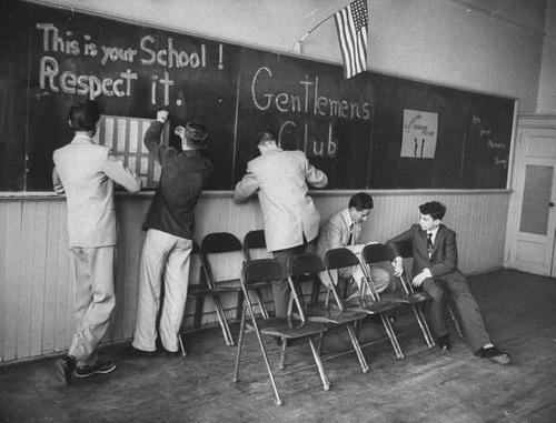 badscene :      fuckyeahvintage-retro :     1950s Gentlemen Club       love this!