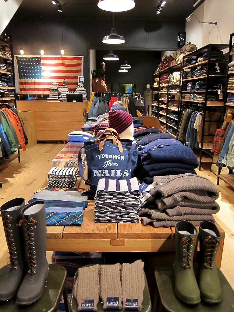 unionmade san fransico! such an amazing looking store!