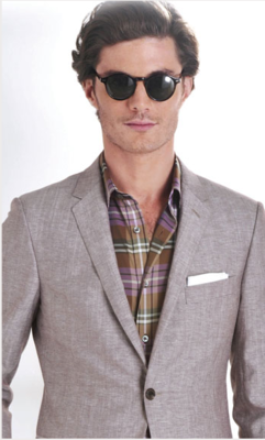 love this look + shades.