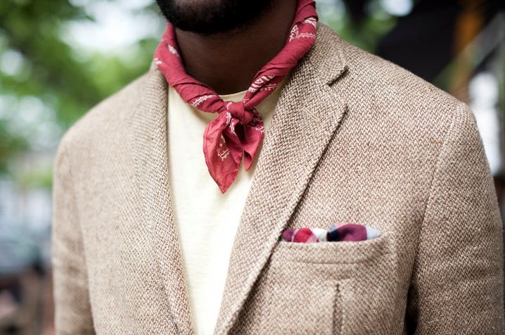 red ascot.