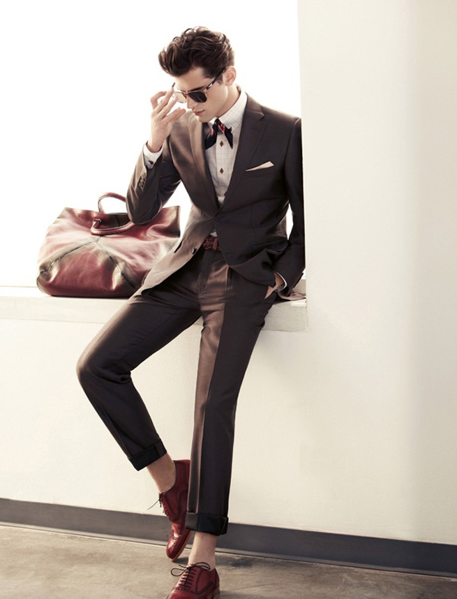 urbanemenswear :     Basso's spring/2011 high-hemmed suit & neck scarf.     love this look.