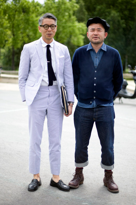 downeastandout :      Contrasting Styles     These two Japanese gentlemen give an excellent example of two looks clearly influenced by the prep and workwear aesthetics. while i prefer the seersucker suit on the left, both gents looks very comfortable within their own personal styles and provide a good contrasting example of how folks can take advantage of particular menswear modes and make them their own       love both looks so much!