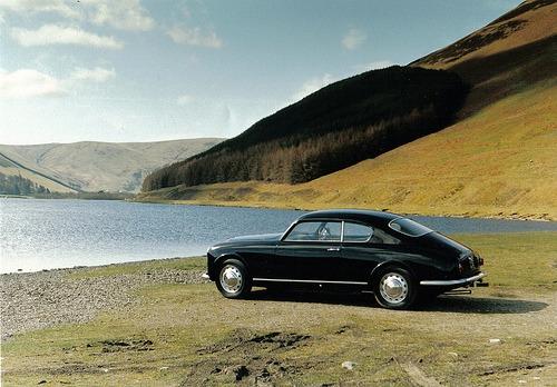 carpr0n :      Weekend off    Starring: Lancia Aurelia B20   (by  aureliab24 )