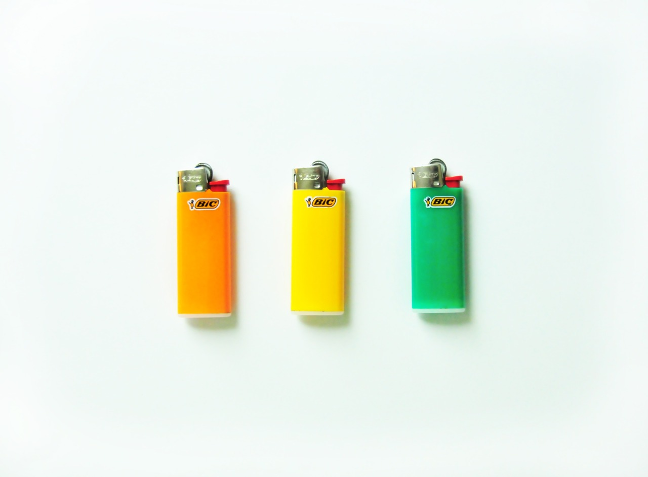 thingsorganizedneatly: SUBMISSION: Lighters.