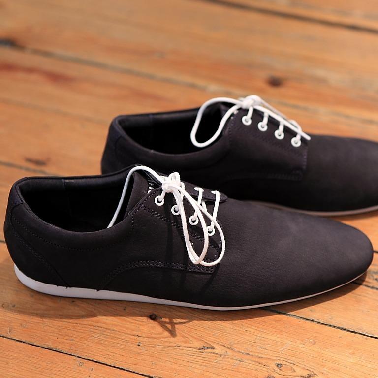 landerurquijo :       blue suede shoes /   zapatos de ante azul      WAAANNNTTTT.
