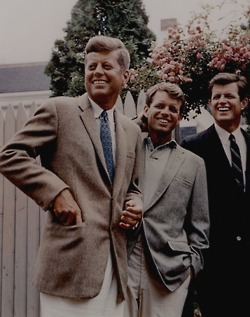 angovodo :     Best Kennedy Picture.     so much swag.