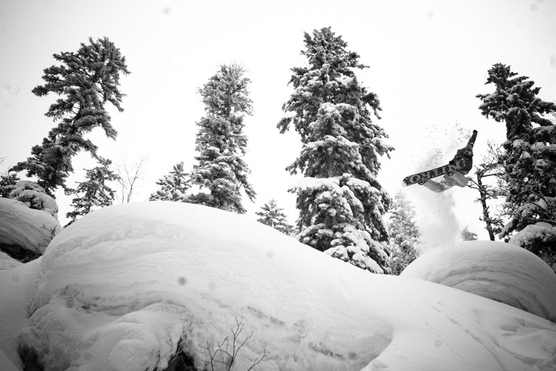 fysnowboarding :     Eero Ettala; method. Photo:  Cole Barash