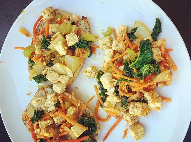 Tofu scramble for a dreamy brunch #plantbased #brunch #sundayfunday