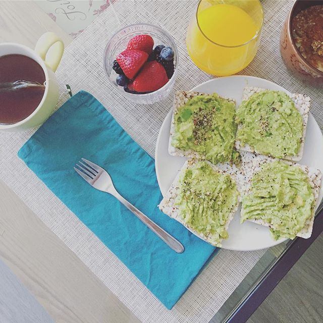 Breakfast, brunch, snack - by any name you have the choice to make it healthy and energizing. #orangejuice #avocadotoast #berries #tulsi #tea