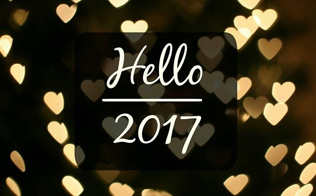 It's finally here! Following a year that was rough on so many people for so many reasons, we have all arrived safely in a new one. We hope this New Year you will keep on shining with us here at Tinsel. -- #HappyNewYear
