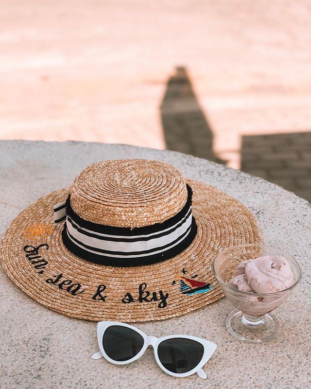 Wild cherry greek yogurt on a hot sunny day 🍒 #AlyTravelDiary #AlyGoesToGytheio #AlyGoesToGreece
