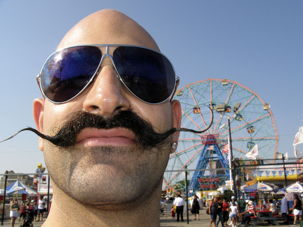 Mustaches may raise burn risk with home oxygen therapy