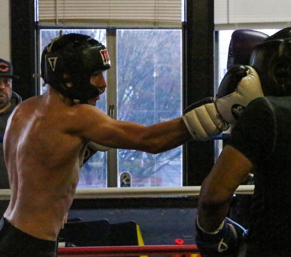 lo sparring.jpg