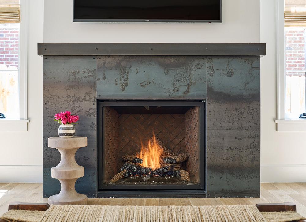 WEB_pam_442_s_vine_fireplace_85219.jpg