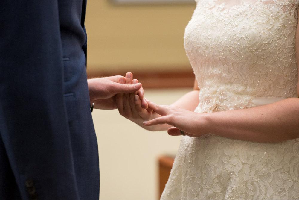 Megan-Chris-Wedding-0008.jpg