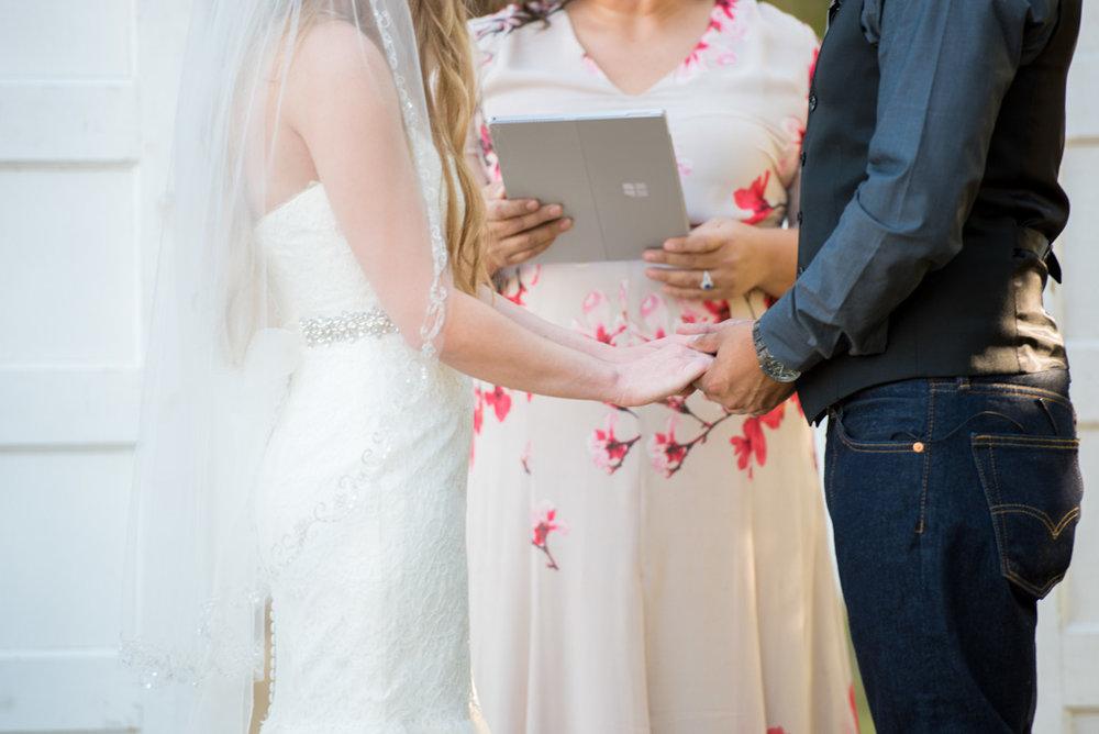 Brandi-and-Jesse-Wedding-0017.jpg