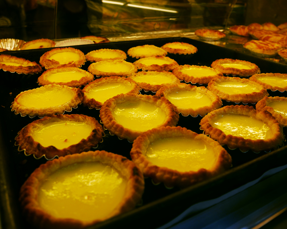 TOP 5 GO-TO SNACKS IN HONG KONG EGG TART | LAUGH TRAVEL EAT + THE SPICE GIRL BLOG