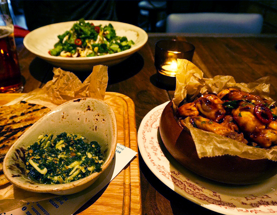 Delicious reykjavik eats on a budget the spice girl for Food bar 527
