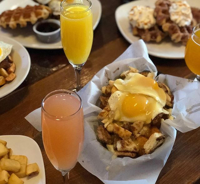 Brunch so hard mimosas want to find me. 🍾🍊 ALL DAY Brunch every Monday at both locations!  #milwaukee #foodporn #MKEfoodies #eater #wisconsinfood #milwaukeefood #eater #huffposttaste #milwaukeeeats #thrillist #visitmke #420 #mkeeats #wisconsinfoodie  #mkefoodauthority #yelpmke #bestfoodmilwaukee #forkyeah #foodbeast #mkefood #mke  #foodanddrinkmilwaukee #meinmke #dearmke