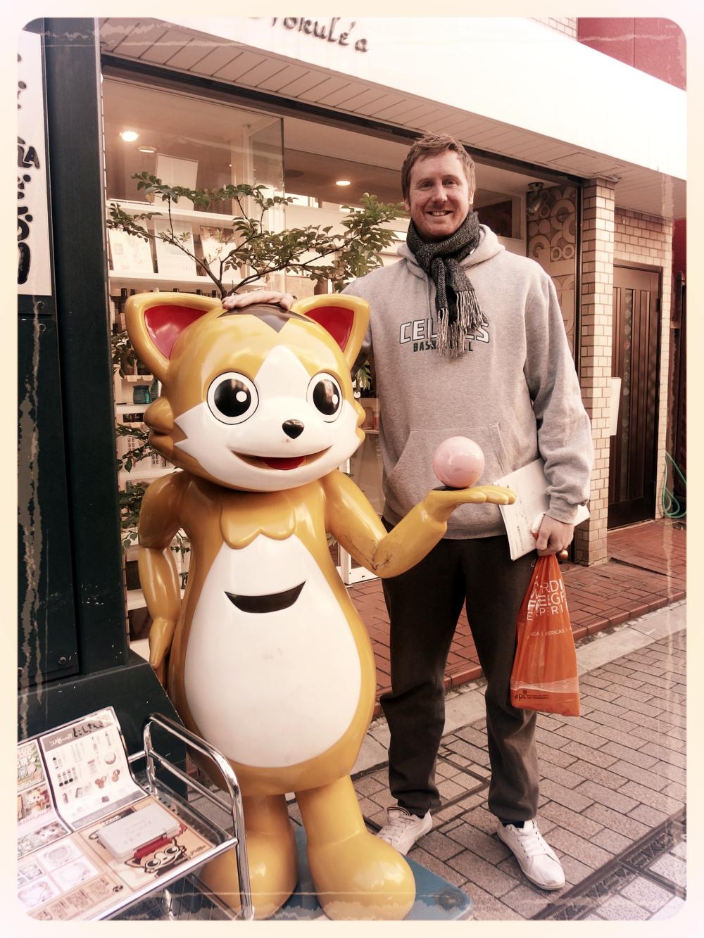 銀ちゃん「戸越銀座商店街のマスコット」Silver Chan (Togoshi Ginza Market Street Mascot)