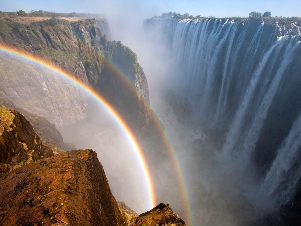 rainbow-victoria-falls-zambia_61488_990x742.jpg