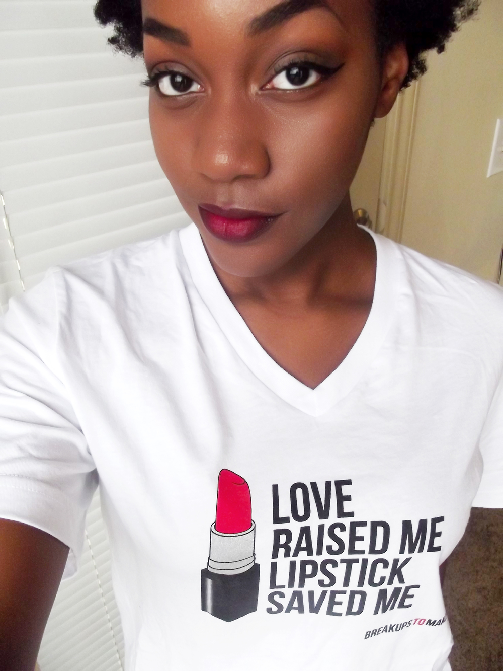 breakups-to-makeup-lipstick-shirt.jpg