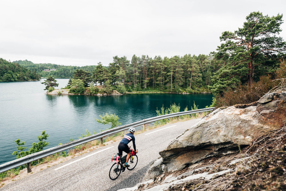gustav-thuesen-photographer-bikepacking-norway-scandinavia-fine-art-3.jpg