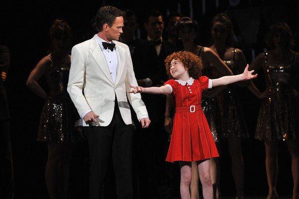 Lilla+Crawford+66th+Annual+Tony+Awards+Show+2Z-WdFnFUR7l.jpg