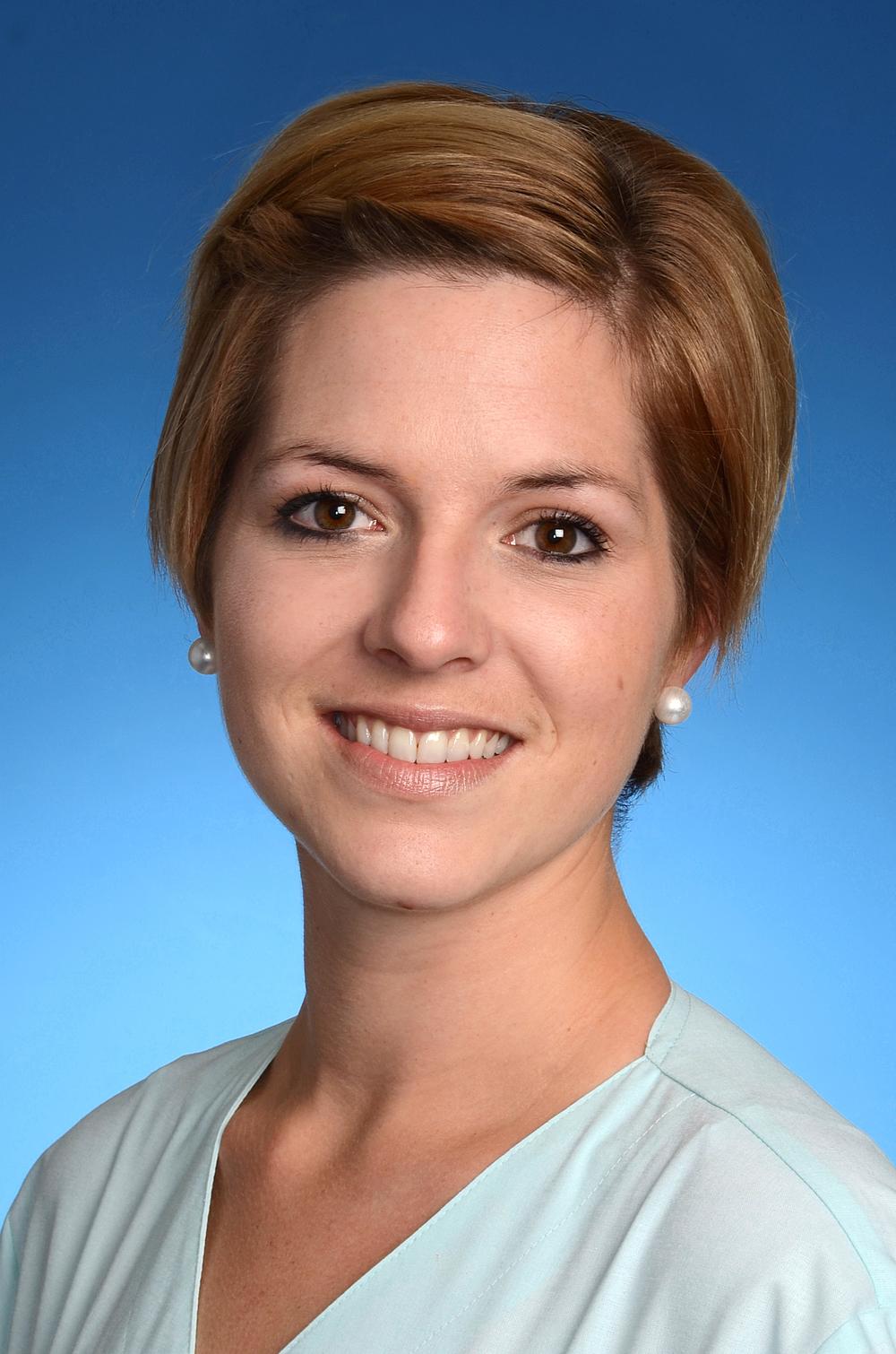 Mrs Marina Kohl