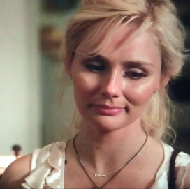 """scarlett"" (clare bowen) wears the On the mark necklace in silver"