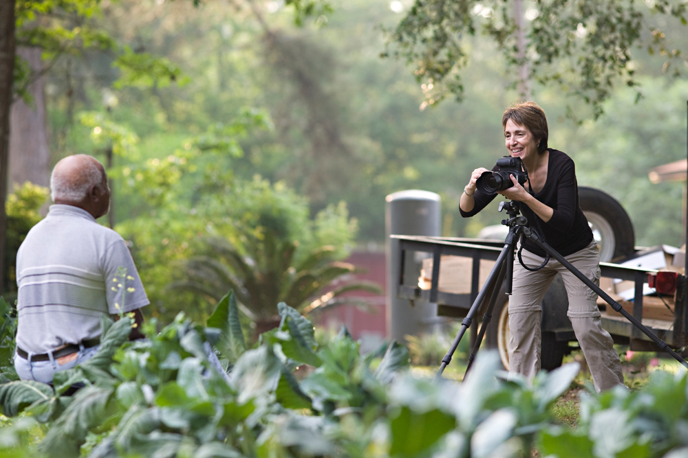 Beate photographing in Tallahassee, Florida