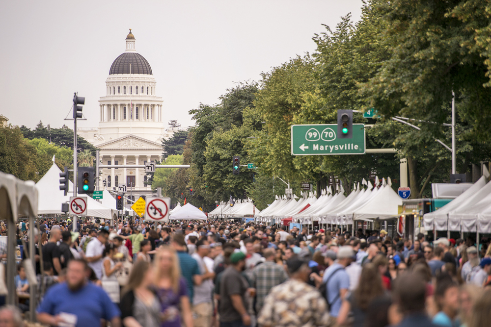 Beer Festival with the State Capitol in the backdrop marks the end of the inaugural CA Beer Summit 2015.
