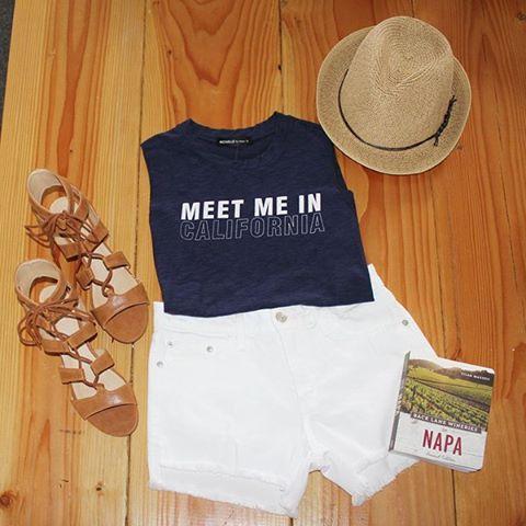 The perfect weekend getaway...let's meet in California. How about Napa? Perfect! 🍷 #kinsleyspring2016 #kinsleyshop #monochromatic #california #thekinsleynewandnow