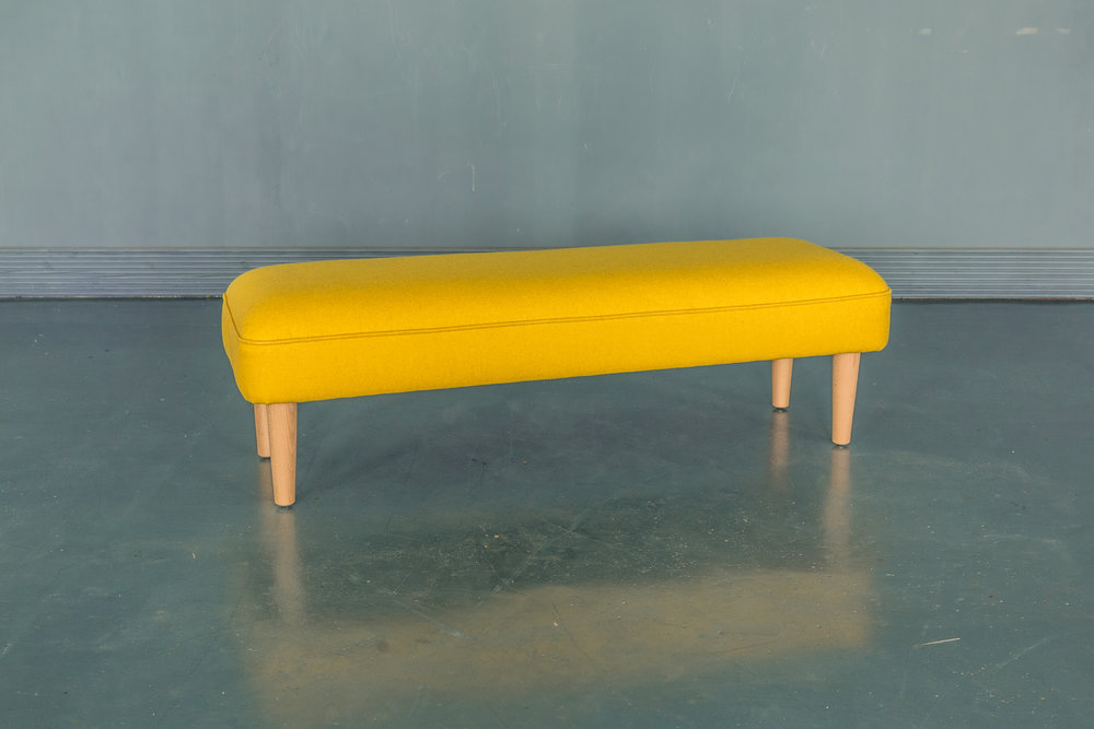 Bench_YellowWool-002-gb.jpg