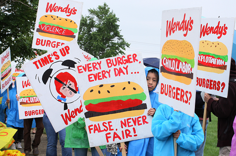 1-2018-Wendys_Shareholder_Protest9-2.jpg