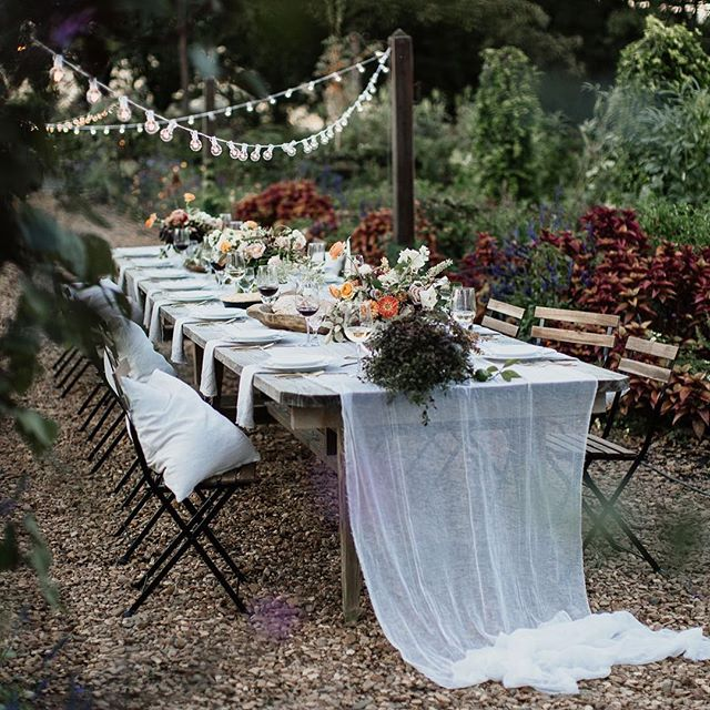 This garden-party reception will always be #goals from now on. I mean, c'mon.. HOW INVITING IS THAT?!?! Ugh. So good.  FLORAL & DESIGN: @jessicazimmerman_  STYLING: @abanybauer  FOOD: @patticakesar  PHOTOGS: me & my homie @erinwilsonphoto (she's fantastic go follow her if you don't already) VENUE: @mmfweddings