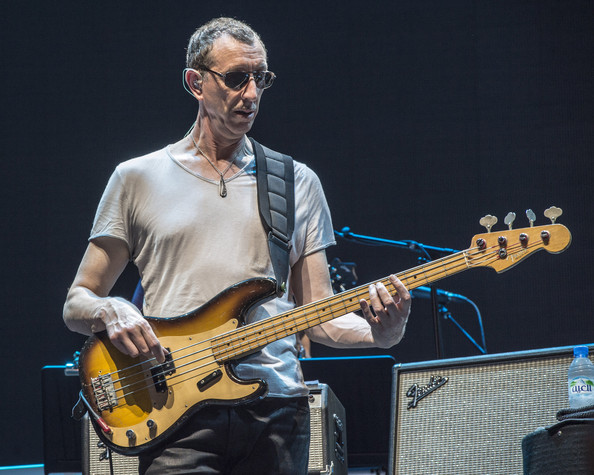 pino palladino  u2014 know your bass player
