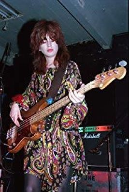 Michael Steele with the Bangles, with the '66 Fender