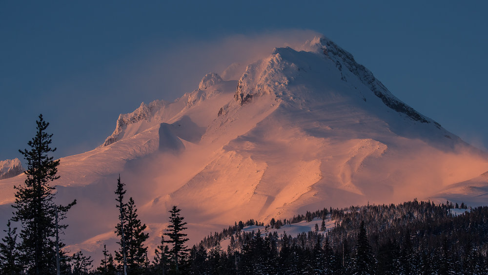 ABOVE THE CLOUDS - Oregon stratovolcanoes Mt. Bachelor and Mt. Hood take skiers to great heights in the High Cascades … and then there's the yummy Oregon beer!Story by Gordie Bowles. Photos by Paul Morrison.