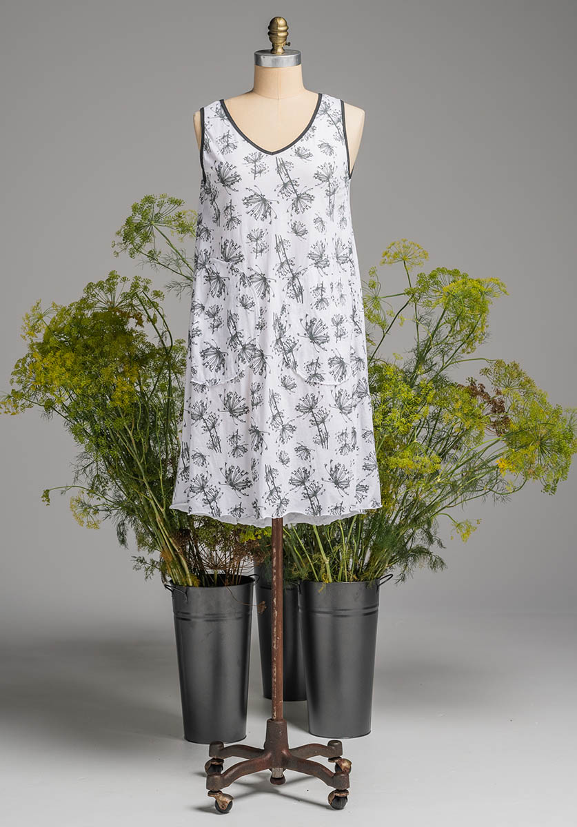 Rose dress white dill